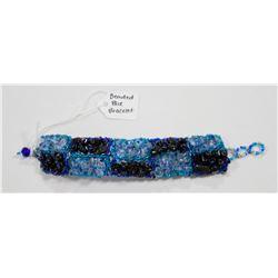 VINTAGE BLUE BEADED BRACELET