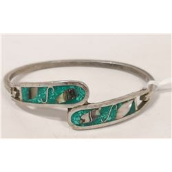 SILVER BANGLE WITH GREEN AND SHELL INLAY