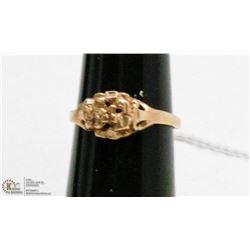 10 KT GOLD FLORAL RING SIZE 4.25