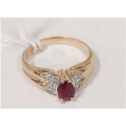 10 KT GOLD, RUBY AND DIAMOND RING SIZE 5