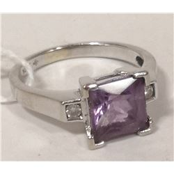 10 KT WHITE GOLD, AMETHYST AND DIAMOND RING SIZE