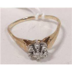 10 KT GOLD DIAMOND MULTI RING SIZE 4