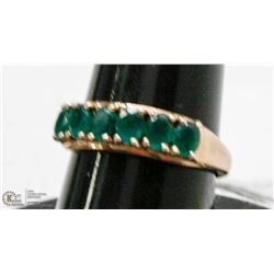 10 KT GOLD EMERALD RING SIZE 7