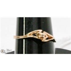10K GOLD RING WITH DIAMOND SIZE 7