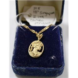 10 KT SINGAPORE CHAIN WITH 10 KT CAMEO PENDANT