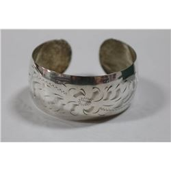 STERLING SILVER FLORAL CUFF BANGLE
