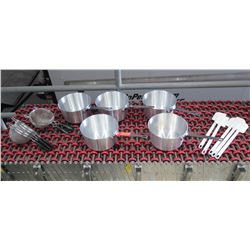 "Qty 5 Pots 9"" Diameter, 6 Strainers & 5 Plastic Spatulas"