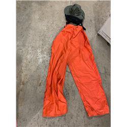 Helly Hanson xxl pants and screen hat