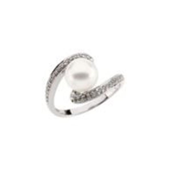 JEWELRY – FRESHWATER PEARL AND DIAMONDS RING: