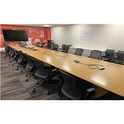 MAPLE NIENKAMPER 10'X5' WIDE BOARDROOM TABLE ADJUSTABLE TO 25' IN 5' INCREMENTS, COMES WITH BOX