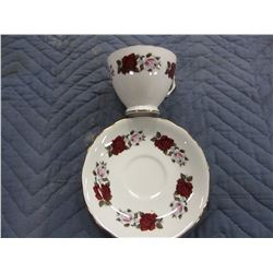 COLLECTIBLE:  ROYAL VALE ENGLISH CUP & SAUCER