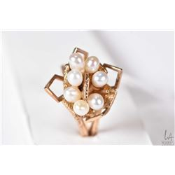 10kt yellow gold and pearl ring