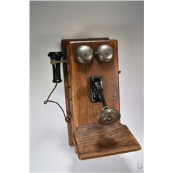 Oak cased Northern Electric hand crank wall phone, no battery. Note: This lot cannot be shipped. Loc