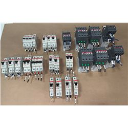 LOT OF ABB CIRCUIT BREAKERS (SEE PICS FOR PART NUMBERS)