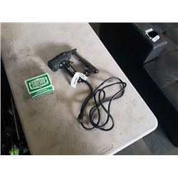 DUOFAST ELECTRIC STAPLE GUN WITH STAPLES