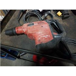 HILTI TE 70-ATC/AVR ROTARY HAMMER TESTED AND WORKING