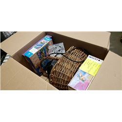 BOX OF VARIOUS ITEMS - MOOD LIGHT, BASKETS, PUZZLES, ETC