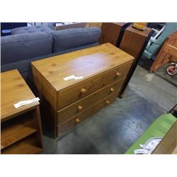 3 DRAWER WOOD DRESSER