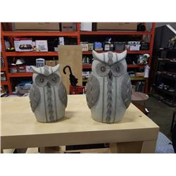 2 DECORATIVE OWL FIGURES