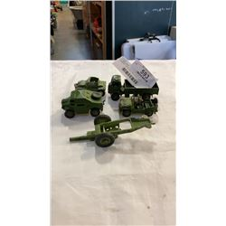 LOT OF METAL MILITARY DINKY TOYS
