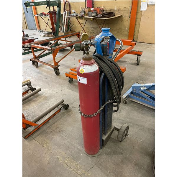 MOBILE INDUSTRIAL 2 BOTTLE TORCH CART WITH HOSES, GAUGES AND TORCH HEAD
