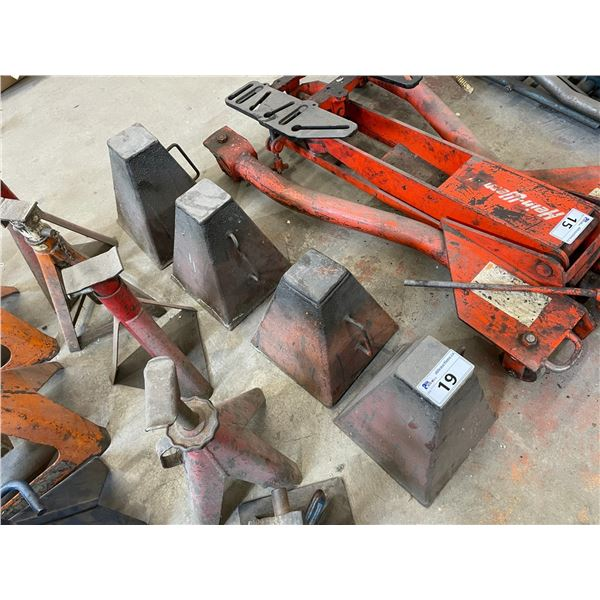 SET OF 4 ORANGE METAL INDUSTRIAL SAFETY STANDS