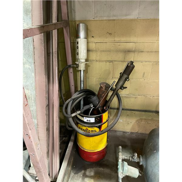PUMP MASTER 4 FLUID DISPENSING SYSTEM WITH LIMITING TRIGGER, 2 PUMPS AND ASSORTED FLUIDS