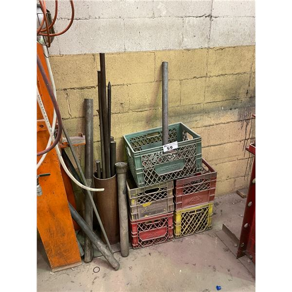 5 CRATES OF HEAVY DUTY CHAINS, ASSORTED PRY-BARS AND MOBILE SHOP CART WITH WOODEN BLOCKS/CHALKS