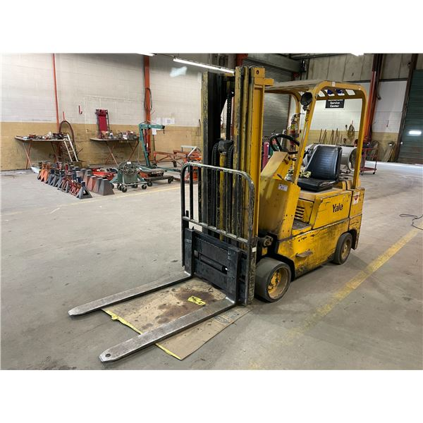 YALE GLC050BANNAT083 5000LBS 3 STAGE 18' MAX MAST HEIGHT PROPANE SIT DOWN COUNTER BALANCE FORKLIFT