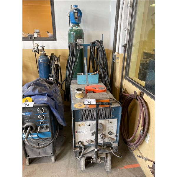 MILLER SCP-200C CONSTANT POTENTIAL DC ARC WELDING POWER SOURCE WITH GROUND AND PROFAX WIRE FEED GUN