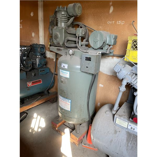 *APR 30 REMOVAL* GREY GILBARCO CPVC3-3 200PSI INDUSTRIAL UPRIGHT AIR COMPRESSOR