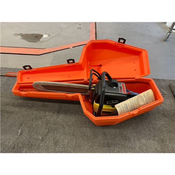 SKILL SAW 1632C GAS POWERED CHAIN SAW IN CASE