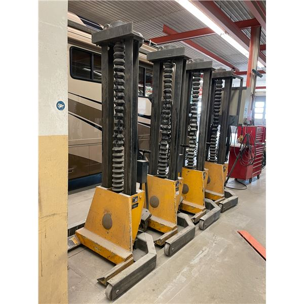 HYWEMA D5650 SOLIGEN SET OF 4 - 5000KG CAPACITY RG4-02HD MOBILE HEAVY DUTY ELECTRIC VEHICLE LIFTS