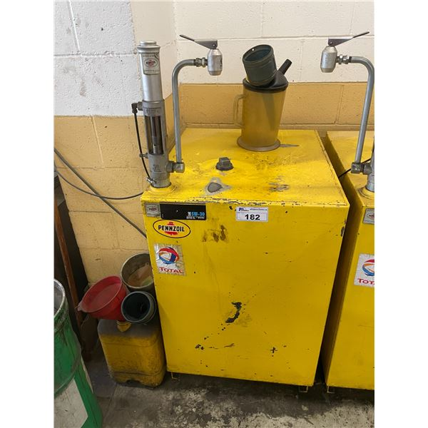 YELLOW PENNZOIL OIL STORAGE/DISPENSING SYSTEM WITH GRACO FAST-BALL AIR-POWERED PUMP