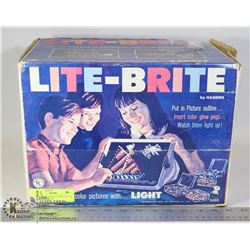 ORIGINAL LITEBRITE WITH LOTS OF DESIGNS & PIECES