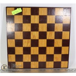 WOOD CHESS/CHECKERS BOARD