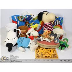 BAG - 50'S TO NOW SNOOPY COLLECTIBLES