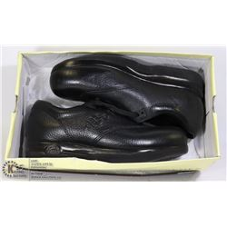 SUPREMES SHOES -NEW