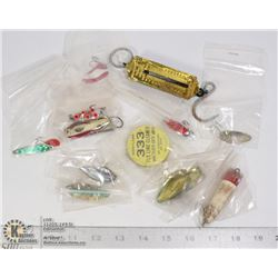 BAG- VINTAGE FISHING LURES
