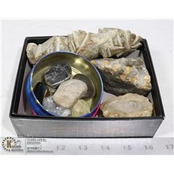 BOX OF ASSORTED GEODES & POLISHED ROCKS.