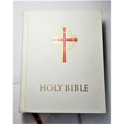 17)  LEATHER BOUND CATHOLIC DELUXE EDITION