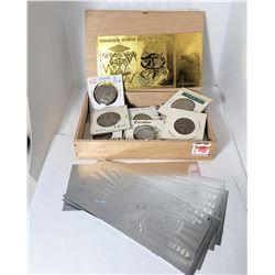 15) WOODEN CIGARELLO BOX CONTAINING: GOLD