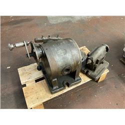 L-W Chuck Dividing Head and Tailstock