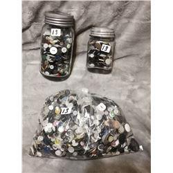 4.5lb bag & 2 jars of buttons