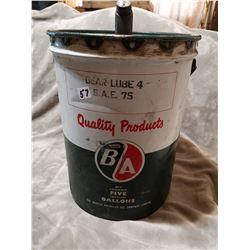 B/A gear lube pail with spout