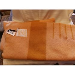 212.  Hudson Bay 4 point blanket, made in England