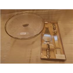 """410.  Cake stand, """"Harp"""" pattern, Jeannette Glass, 1954-57, and Cake serving set"""
