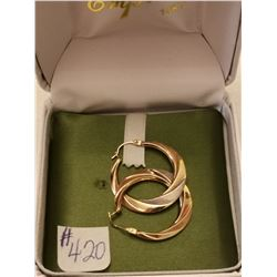 420.  10KT gold hoop earrings