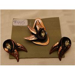 445.  Copper and rhinestone Flared Leaf broach and earring set