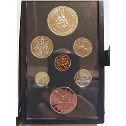 1975 Proof set with silver dollar